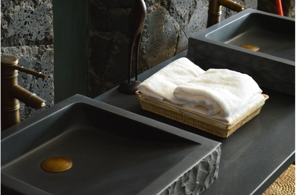 vasque en pierre poser borneo design basalte noir. Black Bedroom Furniture Sets. Home Design Ideas