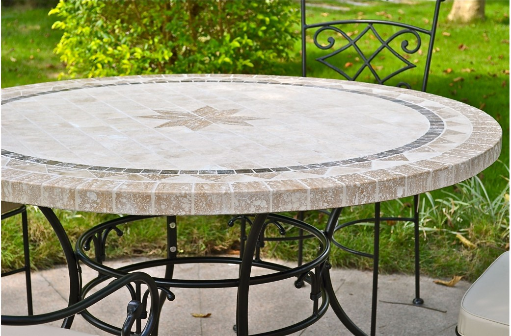 Grande table ronde en mosa que mexixo de marbre pour for Table en fer exterieur