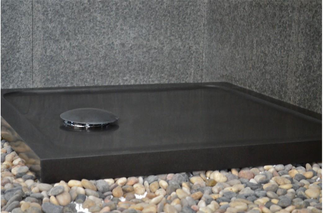 receveur de douche en basalte noir de mongolie 80x80 corail black. Black Bedroom Furniture Sets. Home Design Ideas
