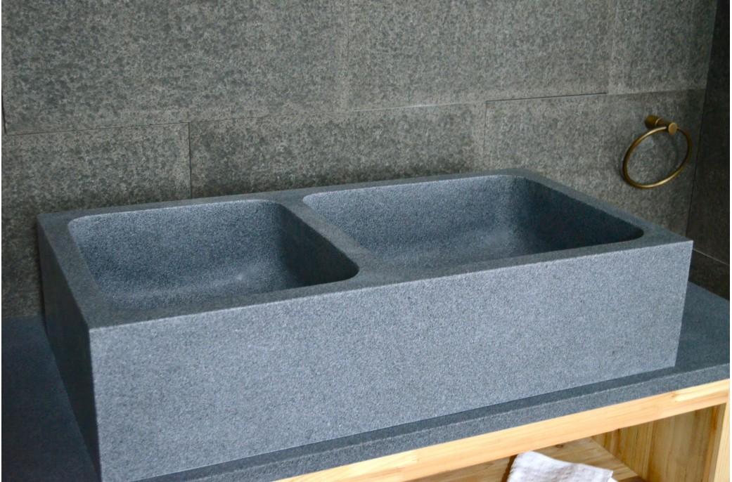 Vier de cuisine en granit v ritable aquadeos poser for Evier de cuisine en granite