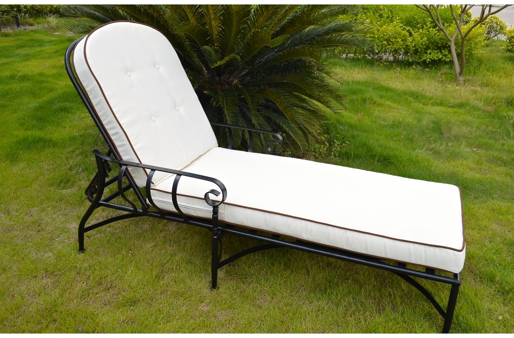 Bain de soleil fer forge occasion obtenez for Chaise longue fer forge