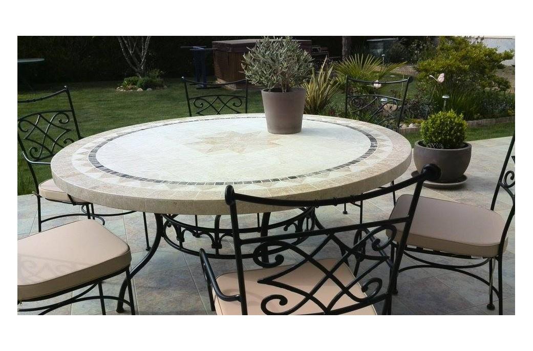 Grande table ronde en mosa que mexixo de marbre pour for Table exterieur interieur