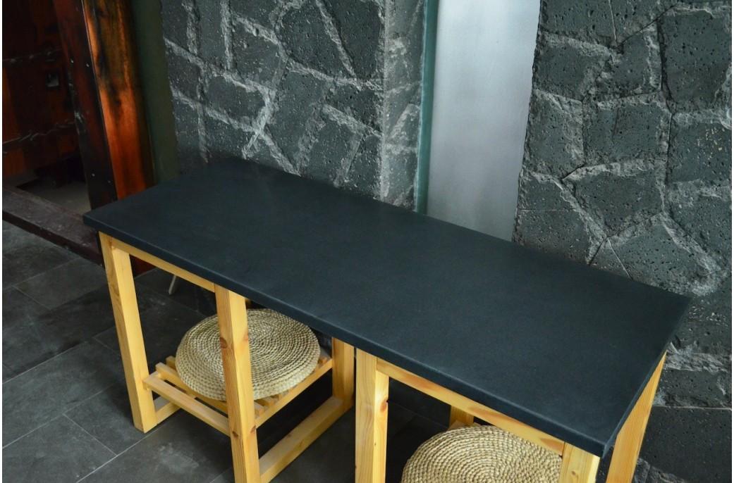 Plan de travail granit noir luxe sous vasques pr t l for Plan de travail noir