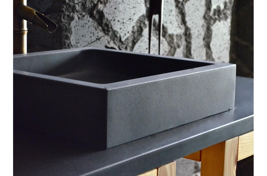 vasque en pierre noire carr e kiama 40x40 ou 60x40 pierre de lave. Black Bedroom Furniture Sets. Home Design Ideas
