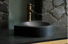 Lave mains d'angle granit noir 34x34 SAMOA SHADOW