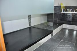Receveur de douche en pierre 170x90 granit noir rare MAYAKA SHADOW