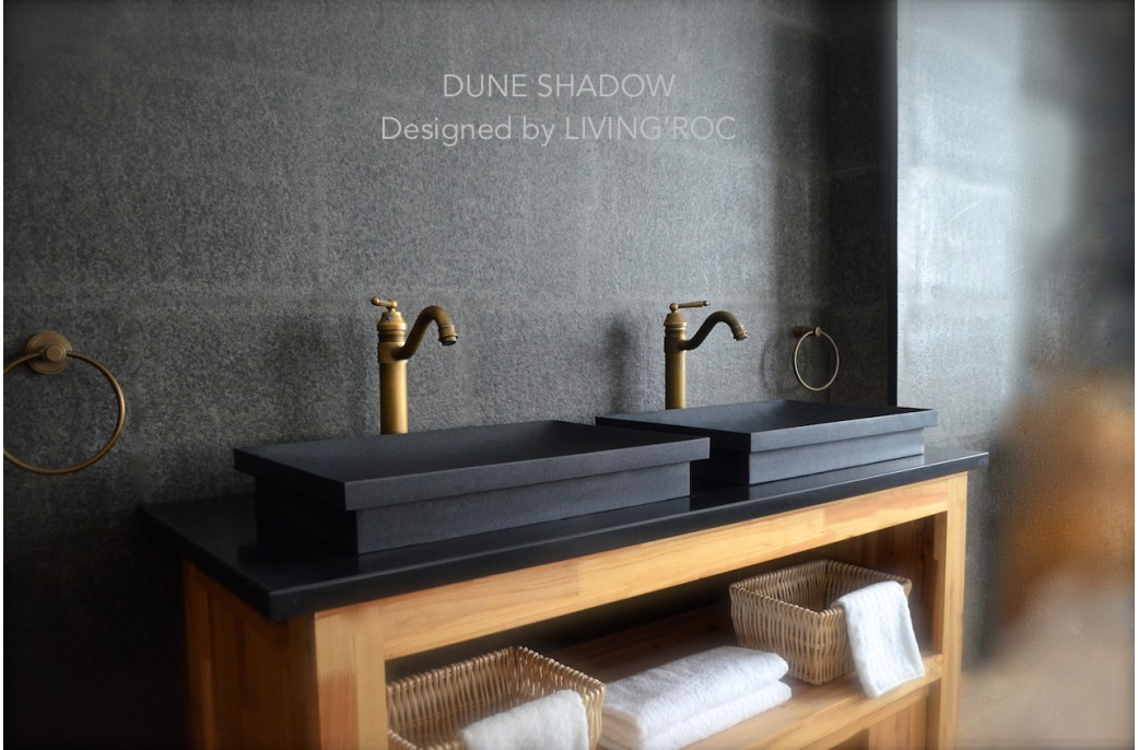 Vasque en pierre vier en pierre noire dune shadow for Evier en granit noir entretien